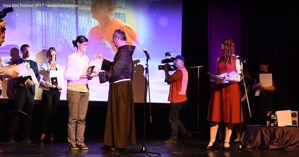 Viva Film Festival, Sarajevo, Bosnia and Herzegovina – Bhikkhunī. Buddhism, Sri Lanka, revolution won the first prize in the religious movie category.